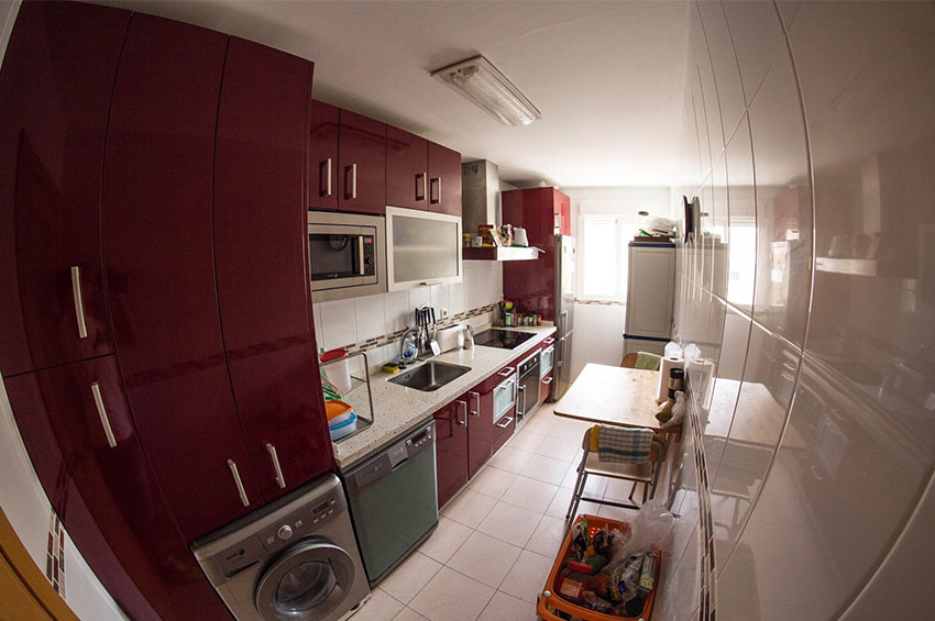 kitchen in the apartment in Málaga provided by eCenter